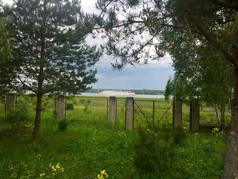 Участок на 1 береговой линии р. Волга, д. Свердлово - Фото 1