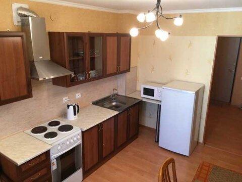 Сдается 2-комнатная квартира с мебелью - Фото 1