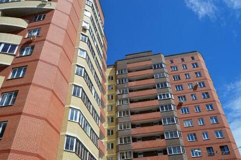 Квартира 1-ком. 31 м2 в новом монолитно-кирпичном доме с отделкой, - Фото 1