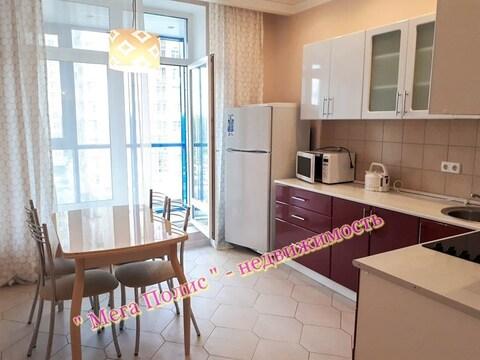 Сдается 2-х комнатная квартира 64 кв.м. в новом доме ул. Долгининская - Фото 1