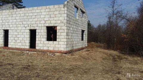 Участок в городе с недостроенным домом - Фото 2