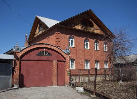 Добротный кирпичный дом - Фото 1