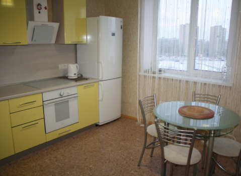 Аренда квартиры, Тольятти, Ул. 40 лет Победы - Фото 1