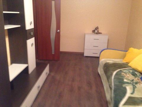 1-комнатная квартира на ул. Нижняя Дуброва, 22 - Фото 1
