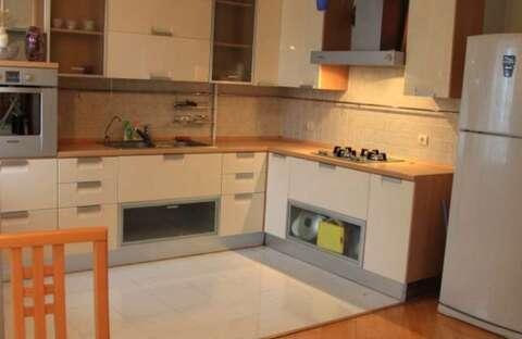 Сдам 1-комнатную квартиру на Никитской с мебелью и техникой - Фото 1