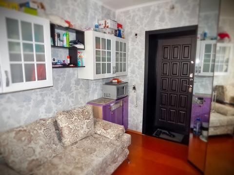 Архивная комната 11.4 м2 в четырехкомнатной квартире ул Братская, д 12 . - Фото 1