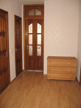 Хорошая 3 комнатная квартира в кирпичном доме с ремонтом и мебелью - Фото 5