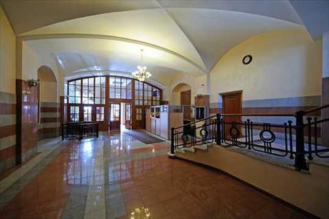 Фасадный особняк рядом с Советом Федерации. Продажа отдельно стоящих . - Фото 4