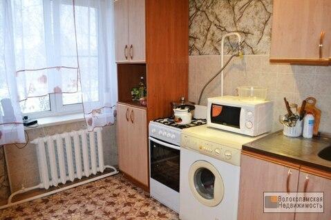 1-комнатная квартира в хорошем состоянии в Волоколамском районе - Фото 1