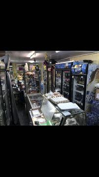 Продам продуктовый магазин 40 м.2 с земельным участком 60 м.2. - Фото 1
