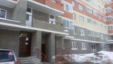 1-к квартира, 35 м, 1/16 эт, пос Свердловский, ул Молодежная, 4 - Фото 1
