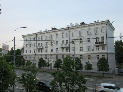 4 400 000 Руб., 3-комнатная квартира 75 кв.м. 3/5 кирп на Павлюхина, д.85, Купить квартиру в Казани по недорогой цене, ID объекта - 320842890 - Фото 1