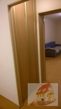 Сдам 2 комнатную квартиру с ремонтом - Фото 4
