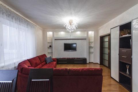 Ленсовета дом 43 к. 3, евро трехкомнатная квартира 109 кв.м. - Фото 2
