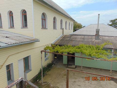 Предлагаем к продаже большое домовладение в Керчи на побережье моря. - Фото 1