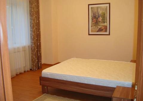 Объявление №57480136: Сдаю комнату в 2 комнатной квартире. Иркутск, ул. Советская, 93,