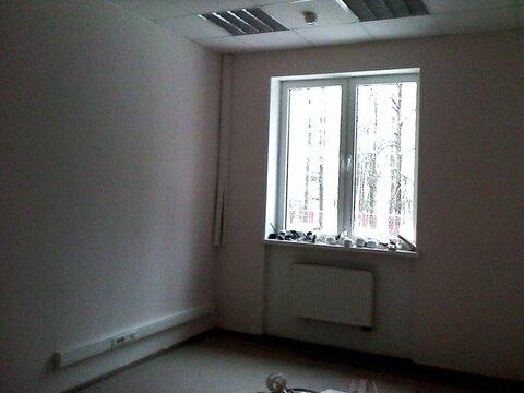 Офисное помещение свободной планировки на первом этаже 90 кв.м. - Фото 2
