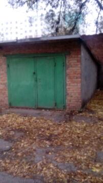 В центре, Комсомольская пл, ул.Юфимцева, продаю кирпичный гараж, - Фото 1