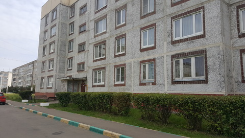 Продается 2-х комнатная квартира в п. Михнево, ул. Чайковского д.5 - Фото 1