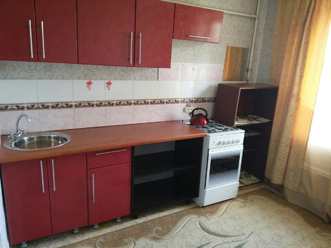 Двухкомнатная квартира в посёлке Сосновый Бор - Фото 2