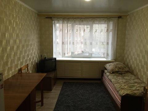 Продам комнату по проспекту Кирова, дом 54 - Фото 1