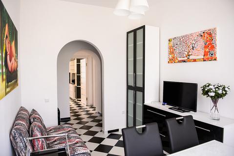 Сдается трехкомнатная квартира в центре города. - Фото 2