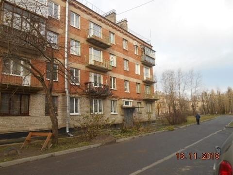 Продается 3 к.кв. в г. Никольское, ул. Лесная, д. 8 - Фото 1