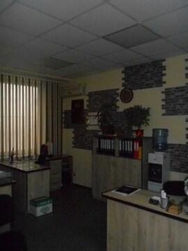Продам 2-х этажный торгово-офисное помещение. - Фото 1