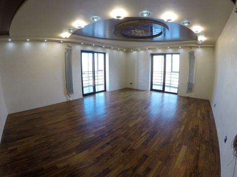 Продам просторную 3ккв с ремонтом Варшавская 23 к.2 - Фото 1