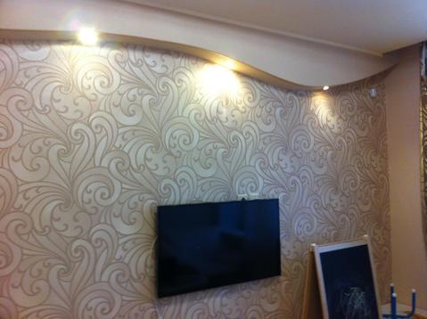 Двухкомнатная квартира в Кемерово, Центральный, ул. Черняховского, 1 - Фото 1
