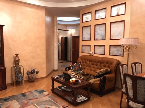 Продам 3-к квартиру, Москва г, улица Остоженка 27к1 - Фото 1