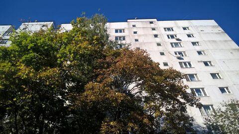 Продажа комнаты, м. Красногвардейская, Ореховый б-р. - Фото 1