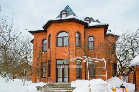 Сдается в аренду жилой дом общей площадью 407,2 кв.м. на земельном . - Фото 1