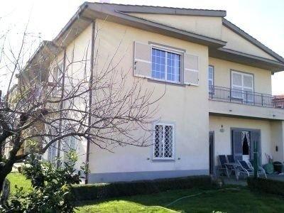 Продается частный дом в Риме, Италия - Фото 1