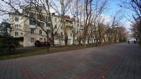 Купить крупногабаритную квартиру в самом сердце города Новороссийска. - Фото 2
