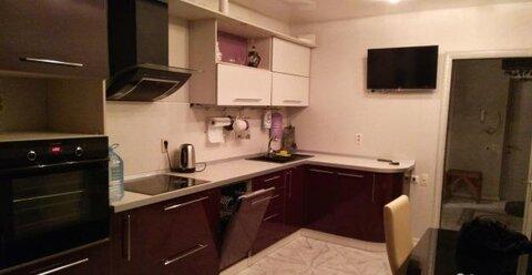 Улица Лутова 8; 3-комнатная квартира стоимостью 28000 в месяц город . - Фото 1