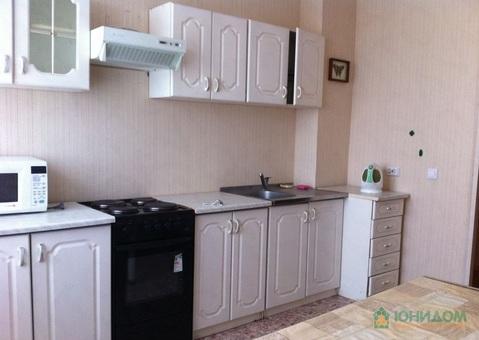 2 комнатная квартира в новом доме с ремонтом, ул. Стартовая, д. 5а - Фото 1