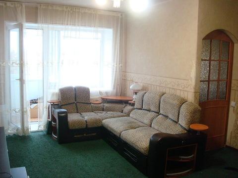 Продаю 2-х комн.кв-ру с ремонтом и мебелью Заходи и живи - Фото 1