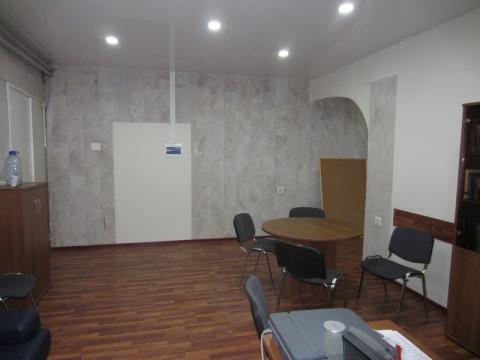 Сдается офис 60 кв.м. в центре Сочи, на ул. Курортный проспект, д. 31 - Фото 2