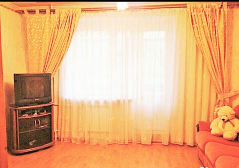 Квартира, пл. Октябрьская, д.44 - Фото 1