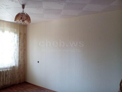 Квартиру в панельном доме, 4 этаж - Фото 2