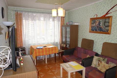 3 комнатная квартира 67 кв.м. п. Свердловский, ул. Набережная, 9 - Фото 1