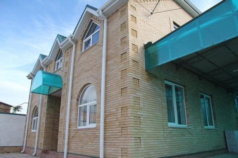 Сдается новый 2-х этажный 4-х комнатный дом в Пятигорске - Фото 1