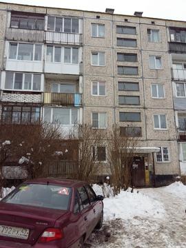 Продается 2 к.кв, Гатчина, ул. Крупской дом 2 - Фото 1