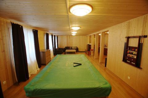 Шикарный коттедж с современным интерьером и баней в пос. Запорожское - Фото 3