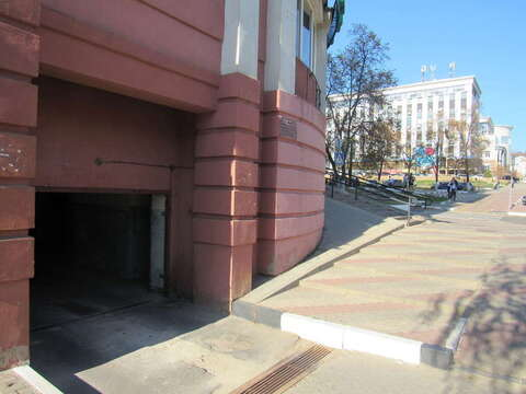 Продажа гаража, Белгород, Народный б-р. - Фото 1