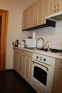 Классная квартира с ремонтом, 2 раздельные комнаты, кирпичный дом - Фото 2
