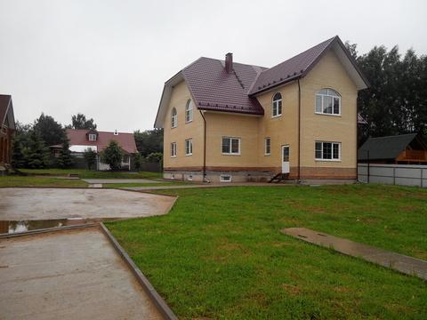 2хэтажный дом с гостевым домом и русской баней - Фото 1
