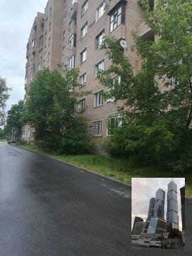 Продается однокомнатная квартира на 9 этаже 10 этажного кирпичного . - Фото 1