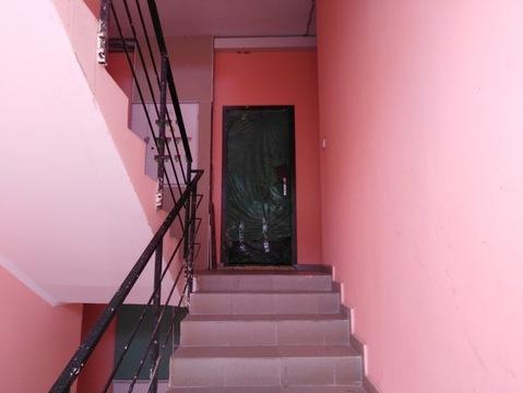 Малогабаритная двухкомнатная квартира с балконом под отделку - Фото 3